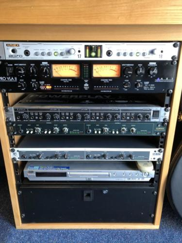 Outboard equipment